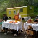 Essensverkäuferinnen vor Kloster Geghard